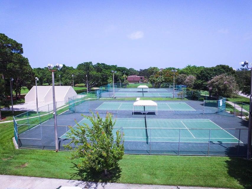 Additional photo for property listing at 2006 20th Lane  Palm Beach Gardens, Florida 33418 Estados Unidos