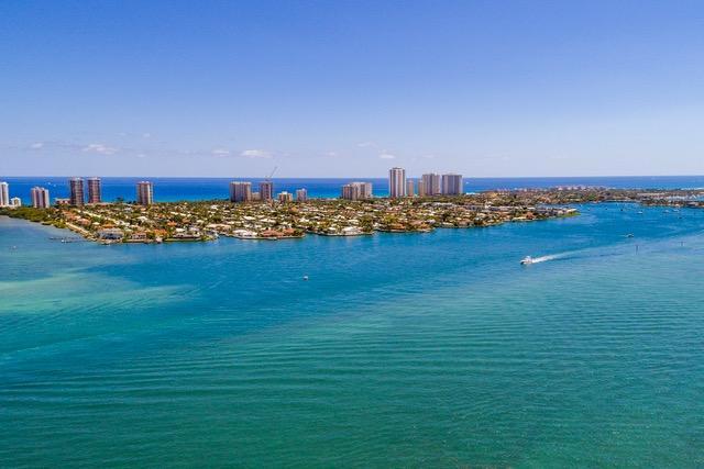 3400 N Ocean Drive 202  Singer Island FL 33404