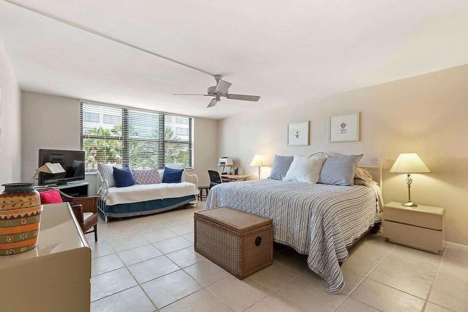 Additional photo for property listing at 3400 N Ocean Drive 3400 N Ocean Drive 辛格岛, 佛罗里达州 33404 美国