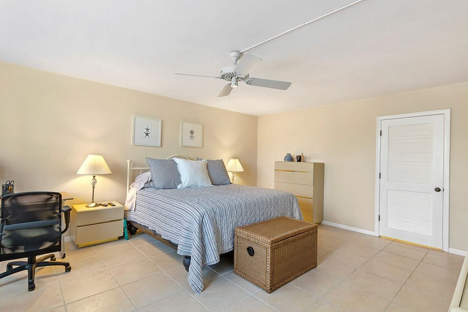 Additional photo for property listing at 3400 N Ocean Drive 3400 N Ocean Drive Singer Island, Florida 33404 États-Unis