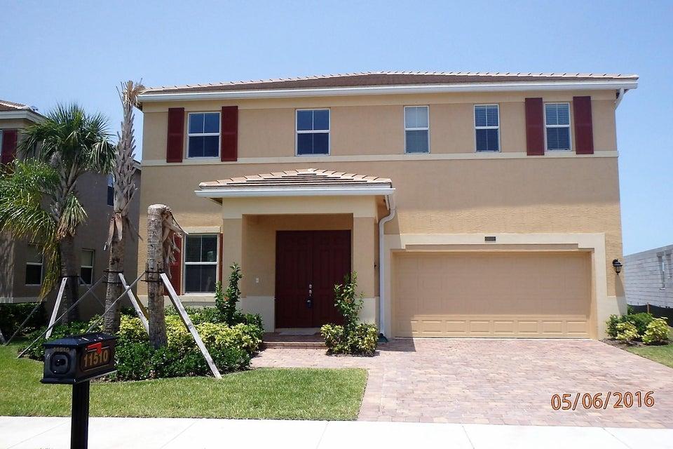 11510 SW Halton Street, Port Saint Lucie, FL 34987