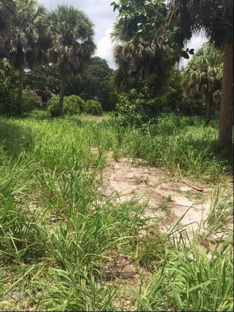 Additional photo for property listing at 11097 S Indian River Drive 11097 S Indian River Drive Fort Pierce, Florida 34982 Estados Unidos