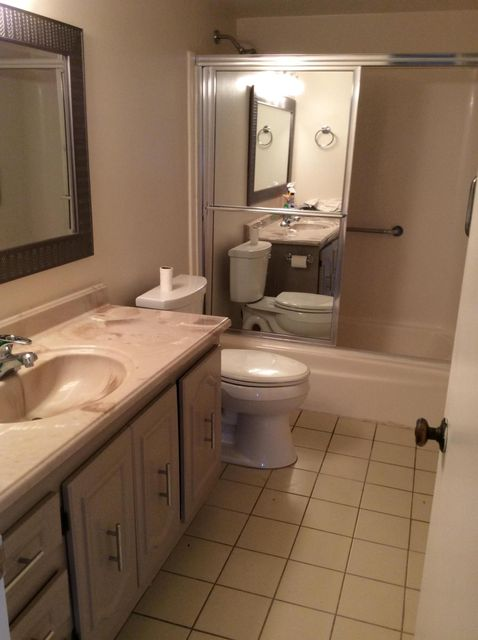 Additional photo for property listing at Address not available  Lantana, Florida 33462 États-Unis