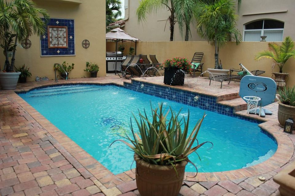 Additional photo for property listing at Address not available  Lake Worth, Florida 33467 United States
