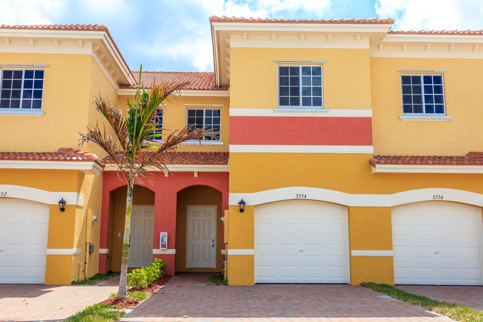 Townhouse for Sale at 3624 NW 29th Court Lauderdale Lakes, Florida 33311 United States