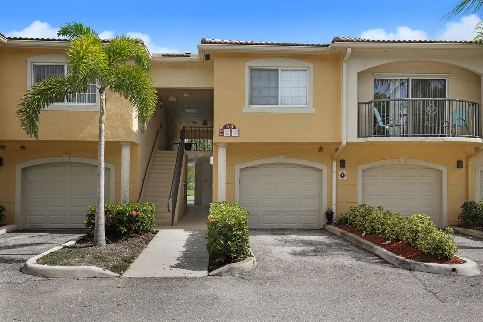 Co-op / Condo for Sale at 700 S Crestwood Court Royal Palm Beach, Florida 33411 United States