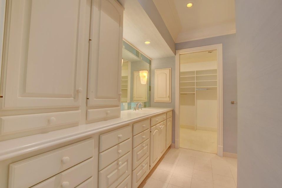 Additional photo for property listing at 3211 Polo Drive 3211 Polo Drive Gulf Stream, Florida 33483 United States