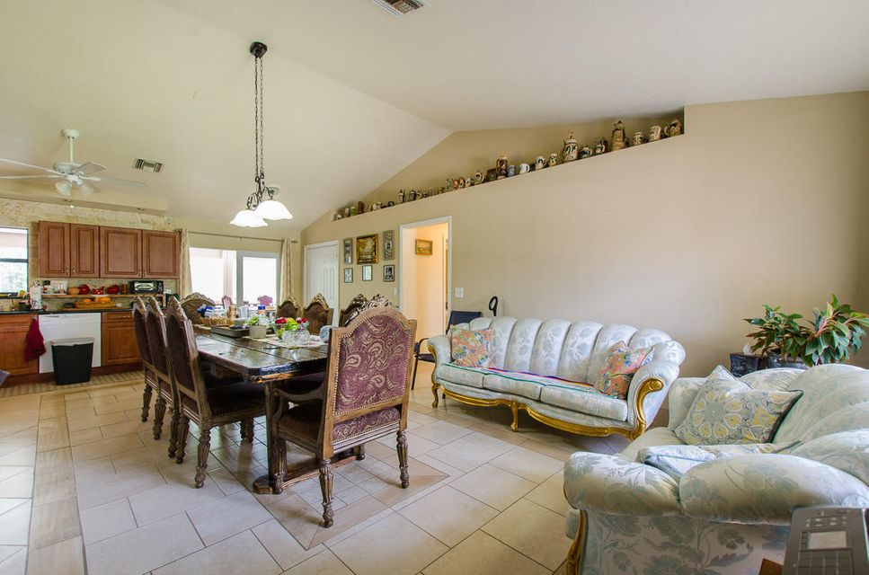 Additional photo for property listing at 17252 30th Lane N 17252 30th Lane N Loxahatchee, Florida 33470 Estados Unidos