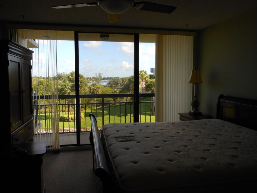 Additional photo for property listing at 1801 Marina Isle Way  Jupiter, Florida 33477 United States