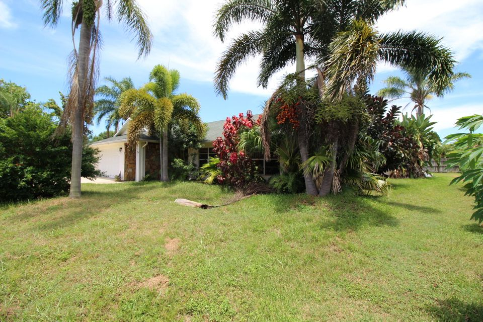 House for Sale at 2371 SE Floresta Drive Port St. Lucie, Florida 34953 United States
