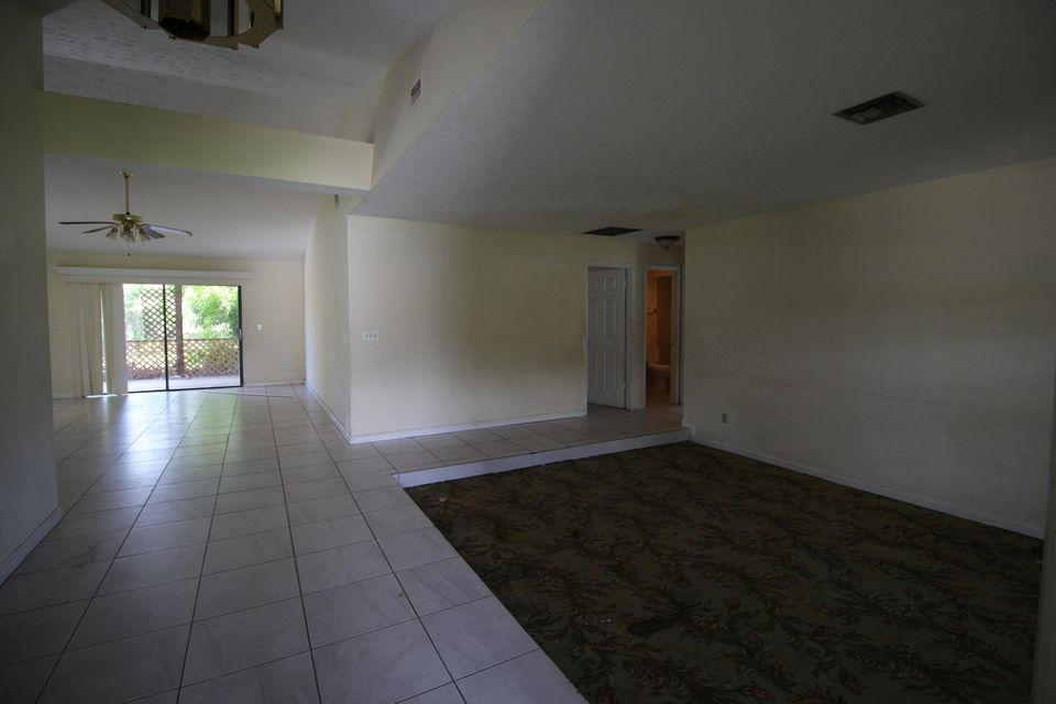 Additional photo for property listing at 2371 SE Floresta Drive  Port St. Lucie, Florida 34953 United States