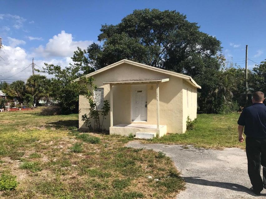 1750 W 12th Street, Riviera Beach, FL 33404