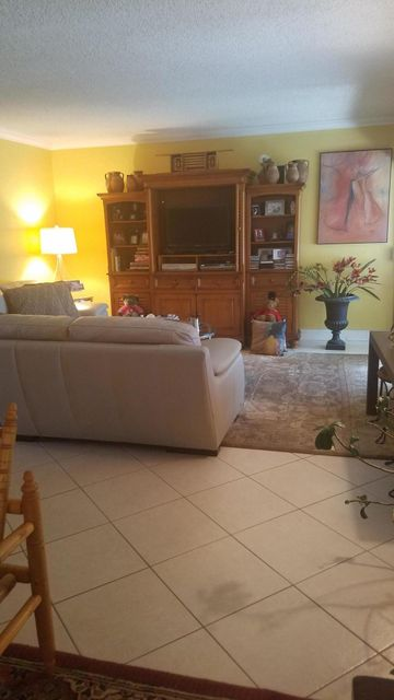 Additional photo for property listing at 1150 NW 30th Court  Wilton Manors, Florida 33311 United States