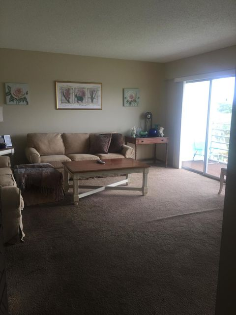 Additional photo for property listing at 329 Preston H 329 Preston H Boca Raton, Florida 33434 Vereinigte Staaten