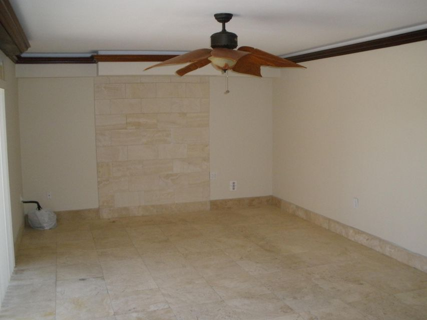Additional photo for property listing at 115 1st Way  West Palm Beach, Florida 33407 États-Unis
