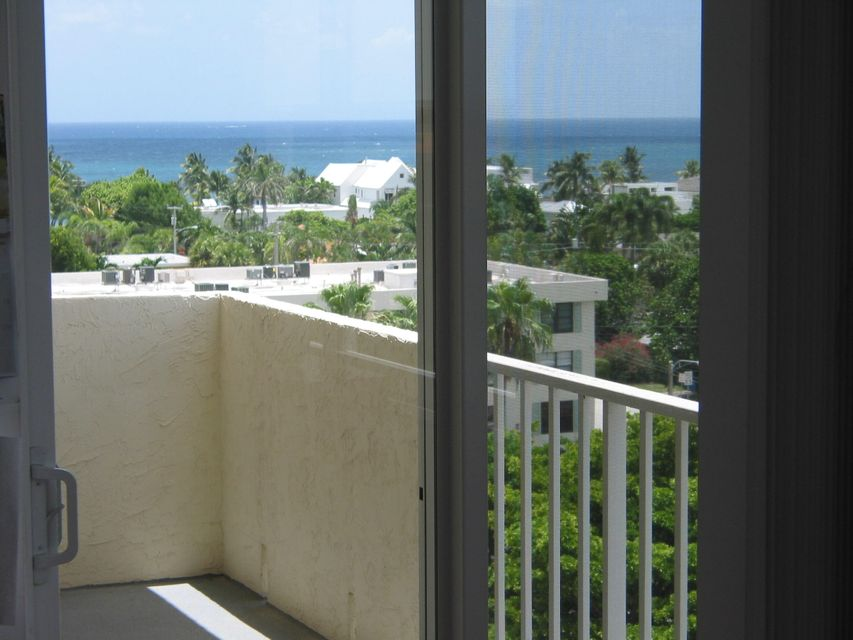 Additional photo for property listing at 3015 N Ocean Boulevard  Fort Lauderdale, Florida 33308 Estados Unidos