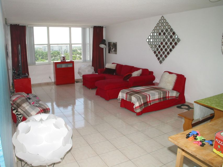 Additional photo for property listing at 3015 N Ocean Boulevard  Fort Lauderdale, Florida 33308 Vereinigte Staaten