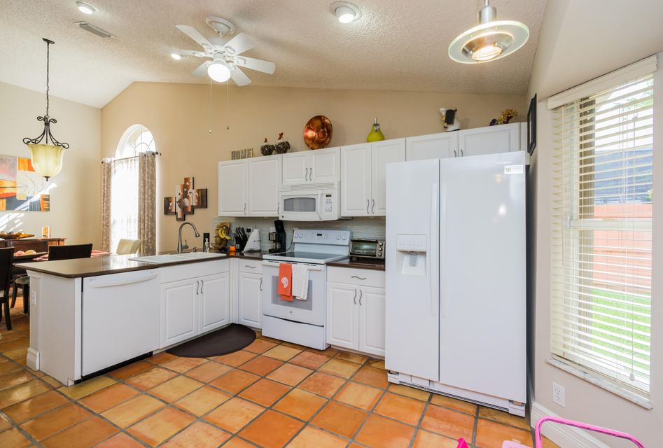 Additional photo for property listing at 12617 White Coral Drive 12617 White Coral Drive Wellington, Florida 33414 United States