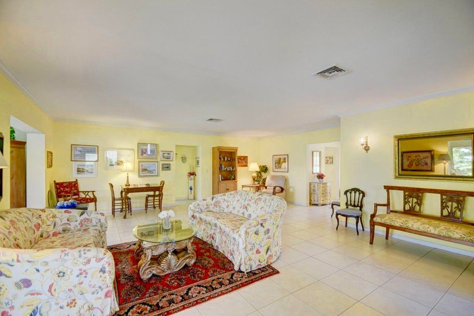 Additional photo for property listing at 7 Acacia Drive 7 Acacia Drive Boynton Beach, Florida 33436 Vereinigte Staaten