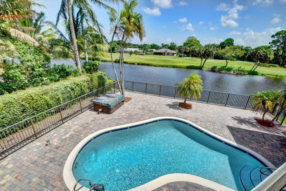 Additional photo for property listing at 3400 Lakeview Boulevard  Delray Beach, Florida 33445 Estados Unidos