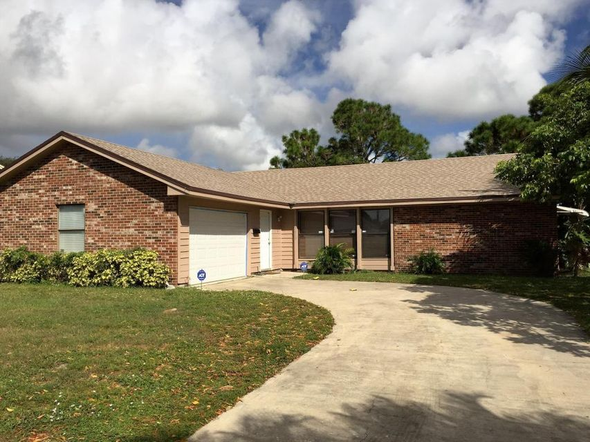 Maison unifamiliale pour l Vente à 5420 Sandhurst Circle S Lake Worth, Florida 33463 États-Unis