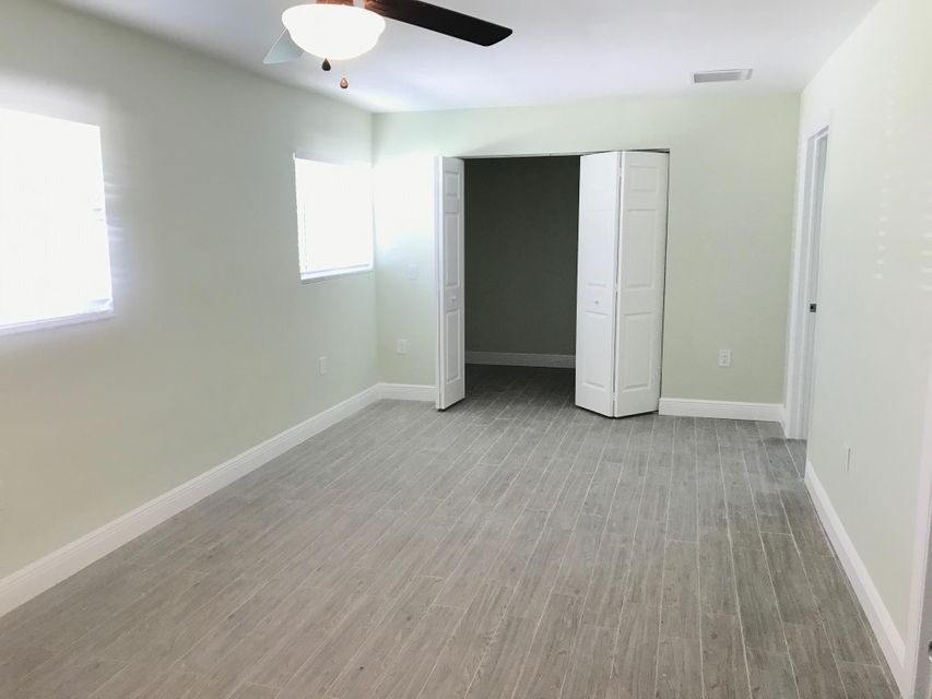 Additional photo for property listing at 1424 Stoneway Lane  West Palm Beach, Florida 33417 Estados Unidos