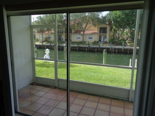 Additional photo for property listing at 120 Lehane Terrace  North Palm Beach, Florida 33408 États-Unis