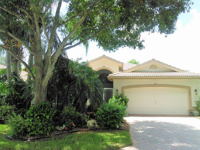 Single Family Home for Sale at 7684 San Carlos Street 7684 San Carlos Street Boynton Beach, Florida 33437 United States