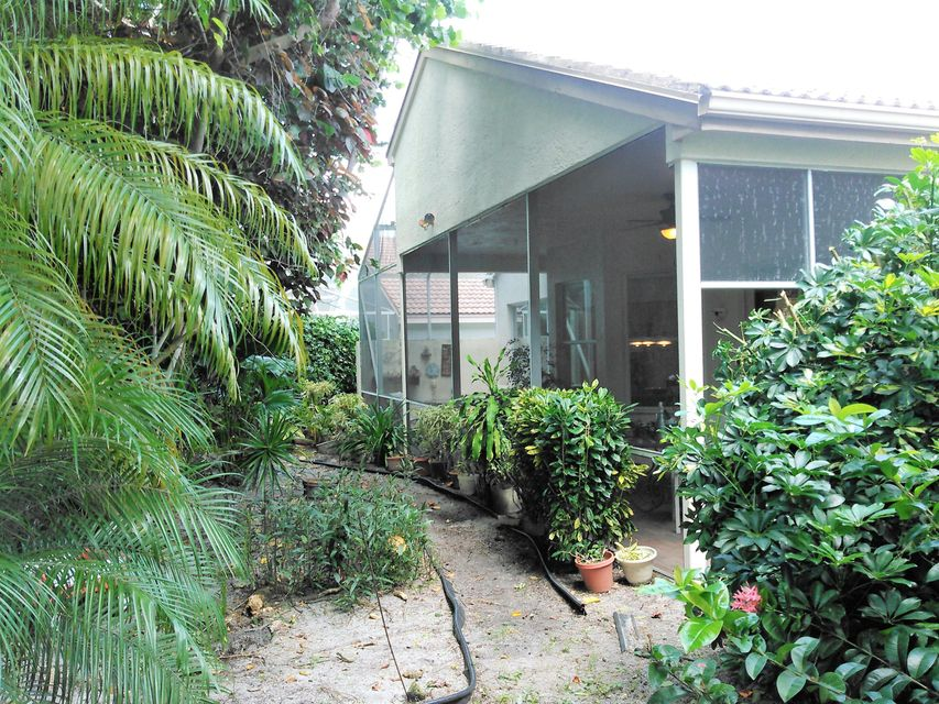 Additional photo for property listing at 7684 San Carlos Street  Boynton Beach, Florida 33437 United States
