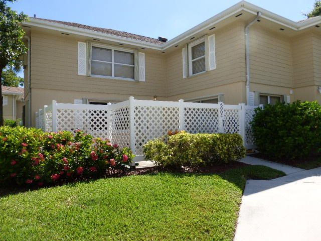 6004 Wheatley Court, Boynton Beach, FL 33436