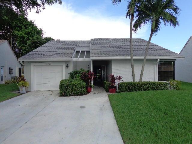 出租 为 出租 在 12136 Country Greens Boulevard 12136 Country Greens Boulevard 博因顿海滩, 佛罗里达州 33437 美国