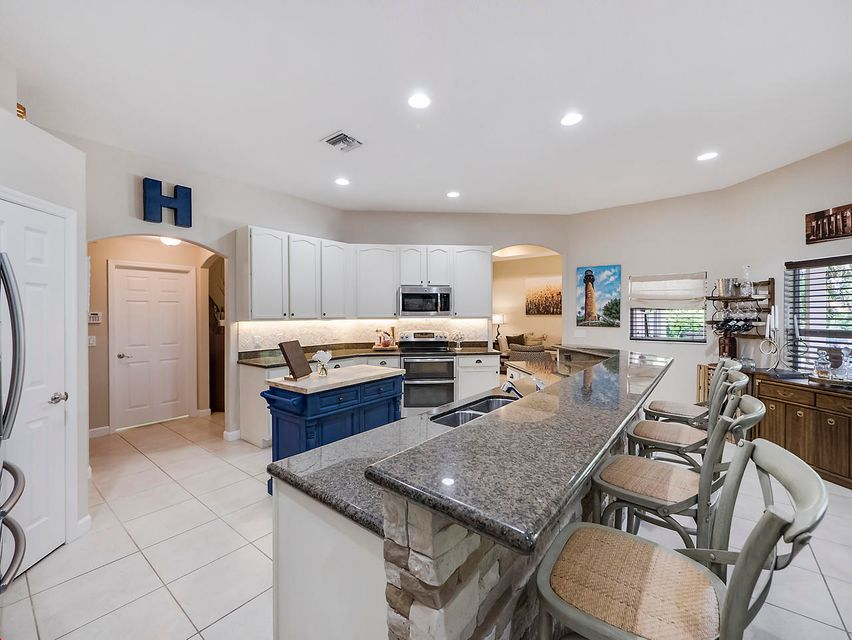 Additional photo for property listing at 10801 151st Lane N  Jupiter, Florida 33478 United States