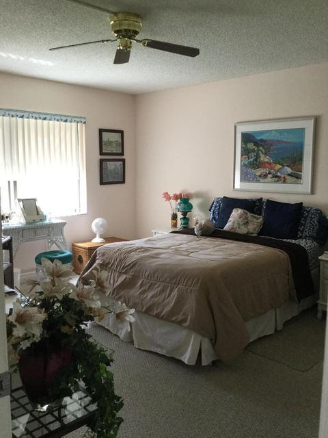 Additional photo for property listing at 9355 SW 8th Street 9355 SW 8th Street Boca Raton, Florida 33428 États-Unis