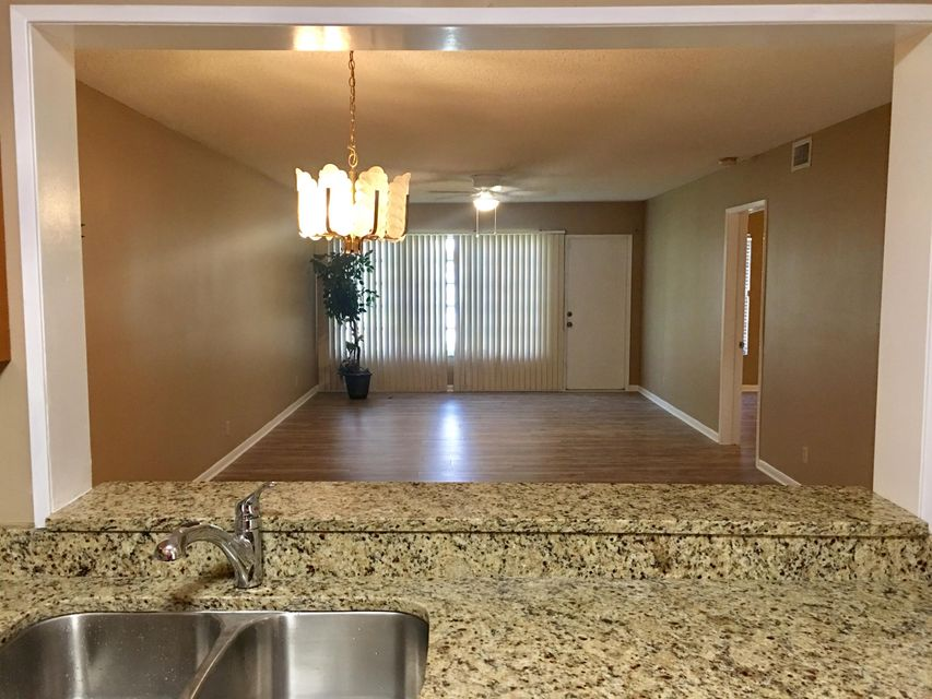 Additional photo for property listing at 18940 Stewart Circle  Boca Raton, Florida 33496 Estados Unidos