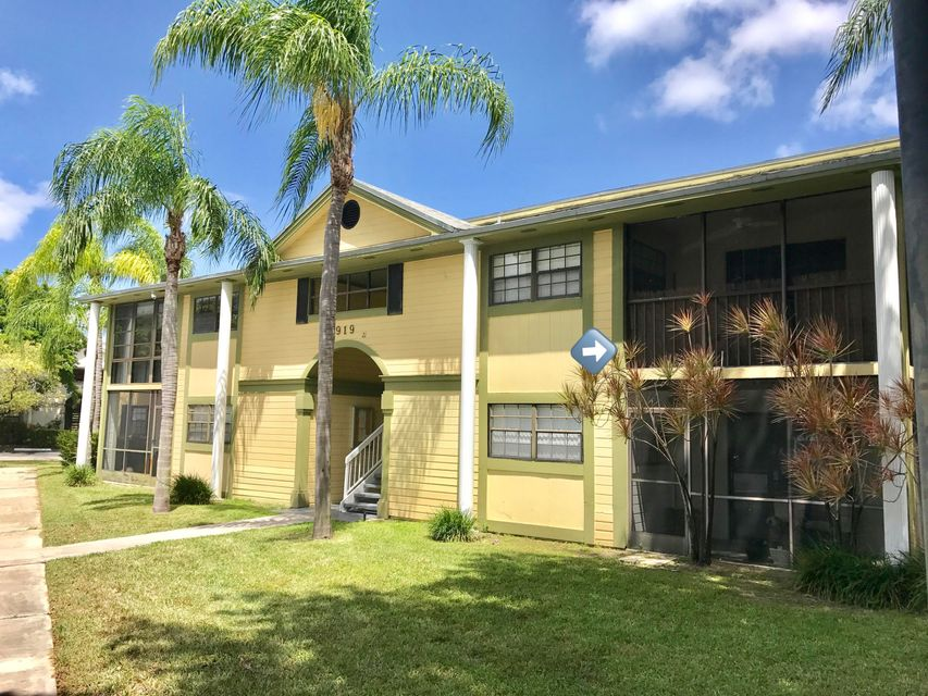 Co-op / Condo for Sale at 919 NE 199th Street 919 NE 199th Street Miami, Florida 33179 United States
