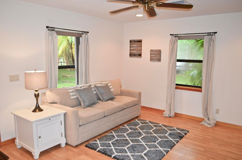 Flat for Rent at 3303 Custer Avenue 3303 Custer Avenue Lake Worth, Florida 33467 United States