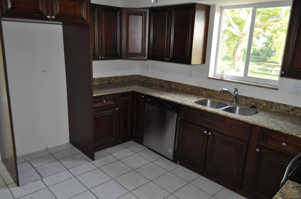Additional photo for property listing at 10865 Gable Street 10865 Gable Street Boca Raton, Florida 33428 Estados Unidos