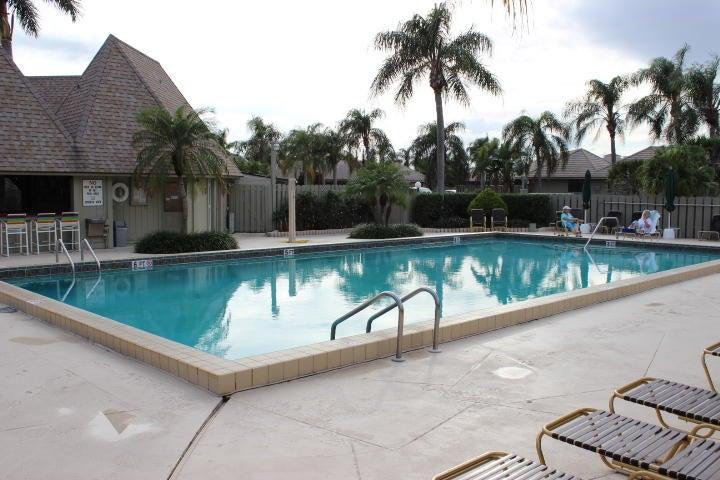 Additional photo for property listing at 270 Bella Vista Court N 270 Bella Vista Court N Jupiter, Florida 33477 United States