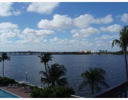 Co-op / Condo for Sale at 2778 S Ocean Boulevard 2778 S Ocean Boulevard Palm Beach, Florida 33480 United States