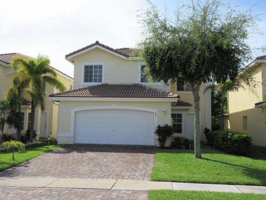 687 Perdido Heights Drive, West Palm Beach, FL 33413