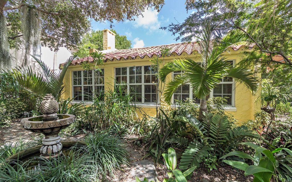 Additional photo for property listing at 611 Flamingo Drive 611 Flamingo Drive West Palm Beach, Florida 33401 United States