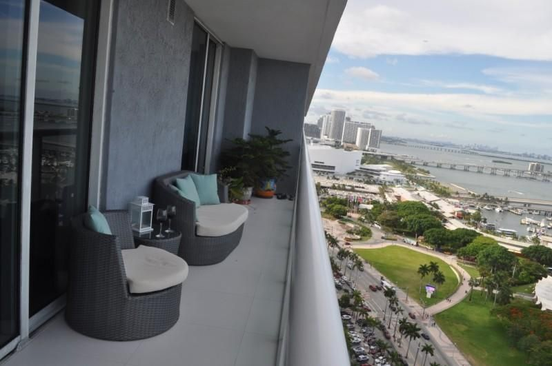 Additional photo for property listing at 50 Biscayne Boulevard 50 Biscayne Boulevard Miami, Florida 33132 United States
