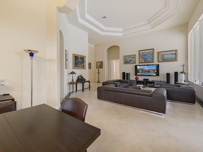 Additional photo for property listing at 718 Cote Azur Drive 718 Cote Azur Drive Palm Beach Gardens, Florida 33410 United States