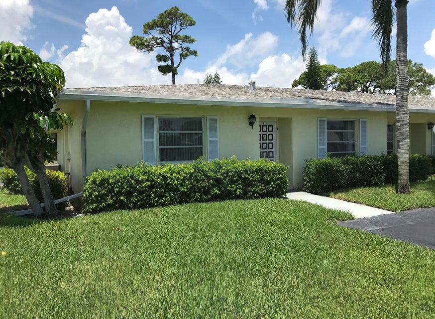 Co-op / Condo للـ Sale في 1030 N Palm Lane 1030 N Palm Lane Delray Beach, Florida 33445 United States