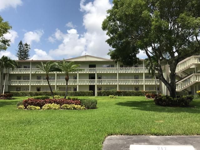Co-op / Condo for Sale at 249 Dorset F 249 Dorset F Boca Raton, Florida 33434 United States