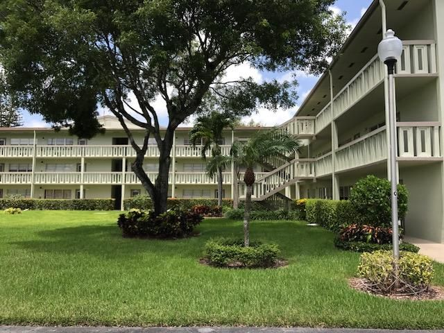 Additional photo for property listing at 249 Dorset F 249 Dorset F Boca Raton, Florida 33434 United States