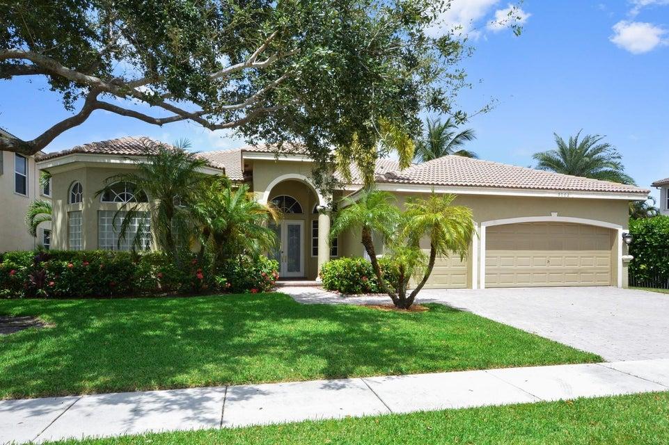 9562 Parkview Avenue, Boca Raton, FL 33434
