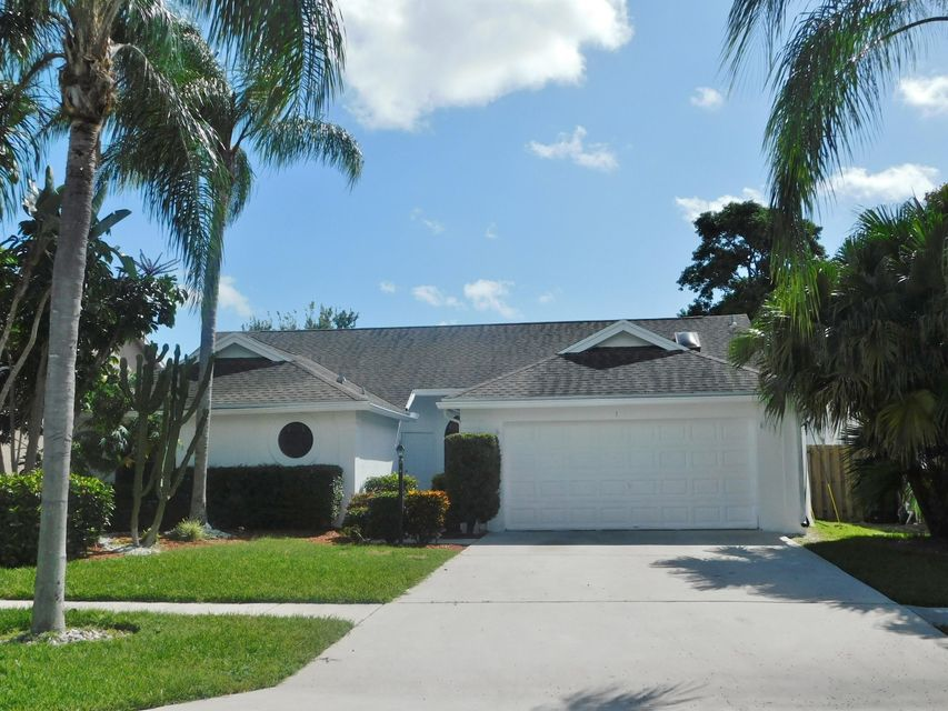 Rentals للـ Sale في 13025 Meadowbreeze Drive 13025 Meadowbreeze Drive Wellington, Florida 33414 United States