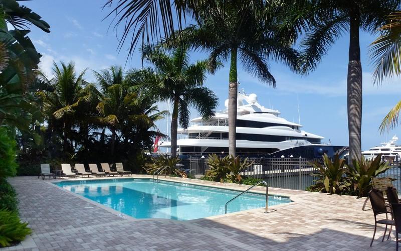 3940 N Flagler Drive 206  West Palm Beach, FL 33407