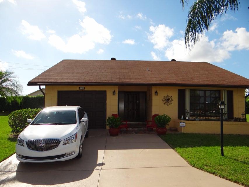 独户住宅 为 销售 在 6410 Lakemont Circle Greenacres, 佛罗里达州 33463 美国